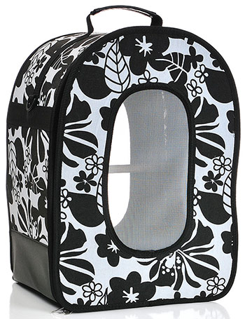 A&E soft parrot carrier in black