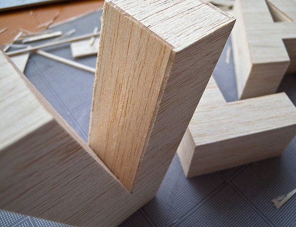Balsa is a soft wood with an interesting texture for parrots